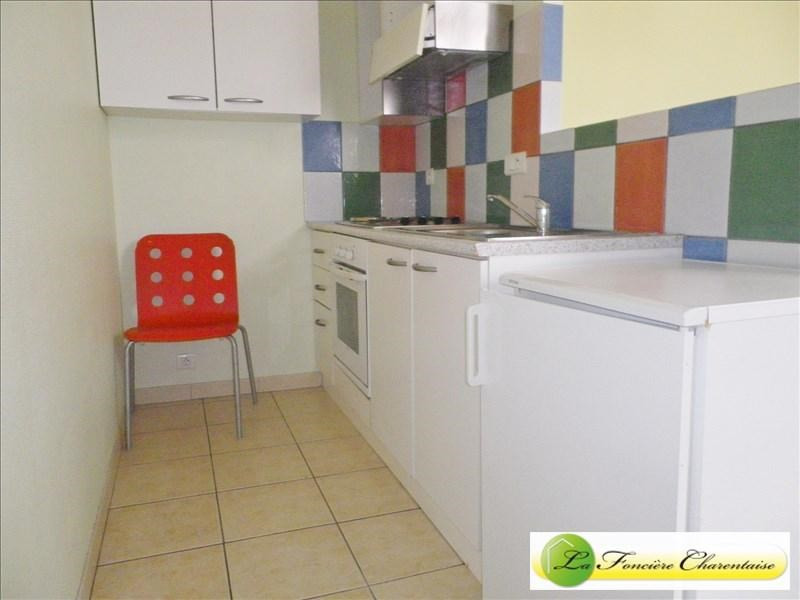 Location appartement Angouleme 460€ CC - Photo 3