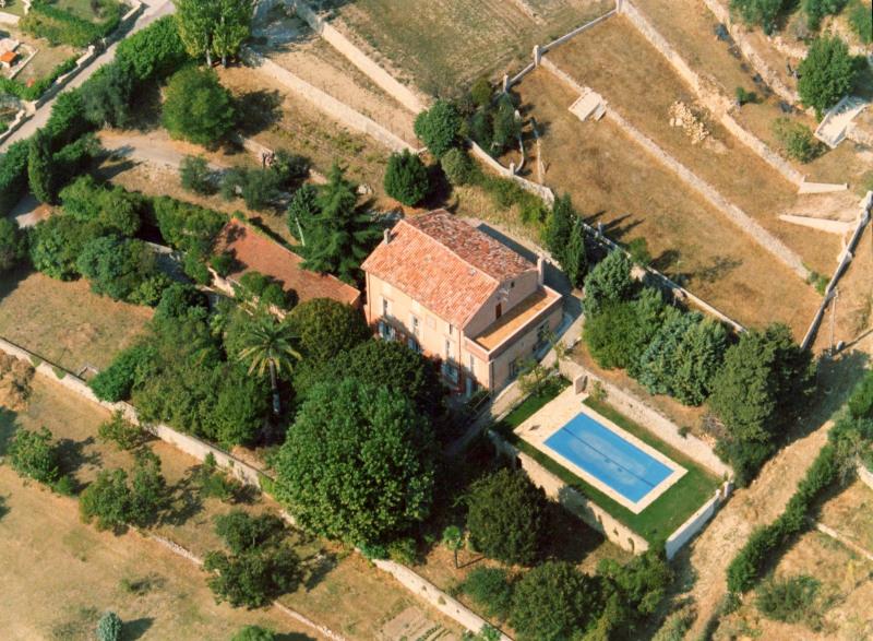 Deluxe sale house / villa Tourrettes 695000€ - Picture 1