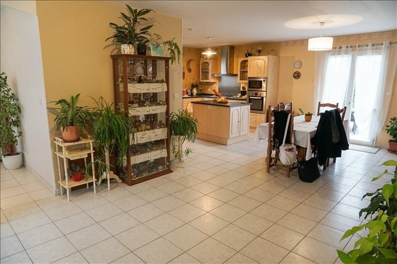 Sale house / villa St andre de cubzac 265000€ - Picture 4