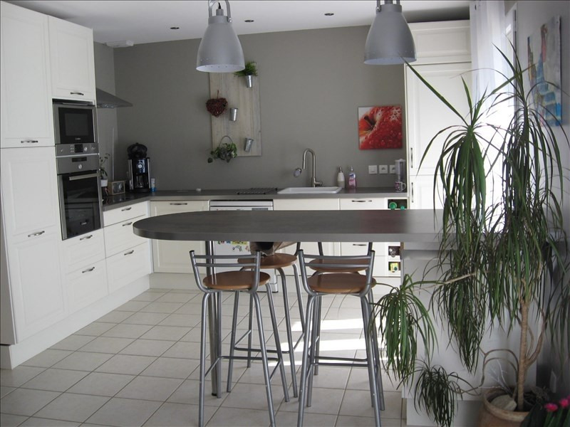 Location maison / villa Lagnieu 1055€ CC - Photo 1