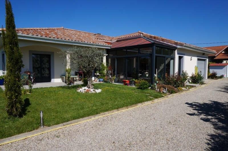 Revenda casa Montseveroux 364000€ - Fotografia 1