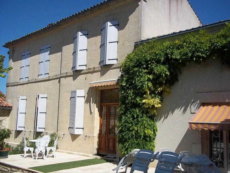 Sale house / villa Cherves-richemont 297000€ - Picture 3