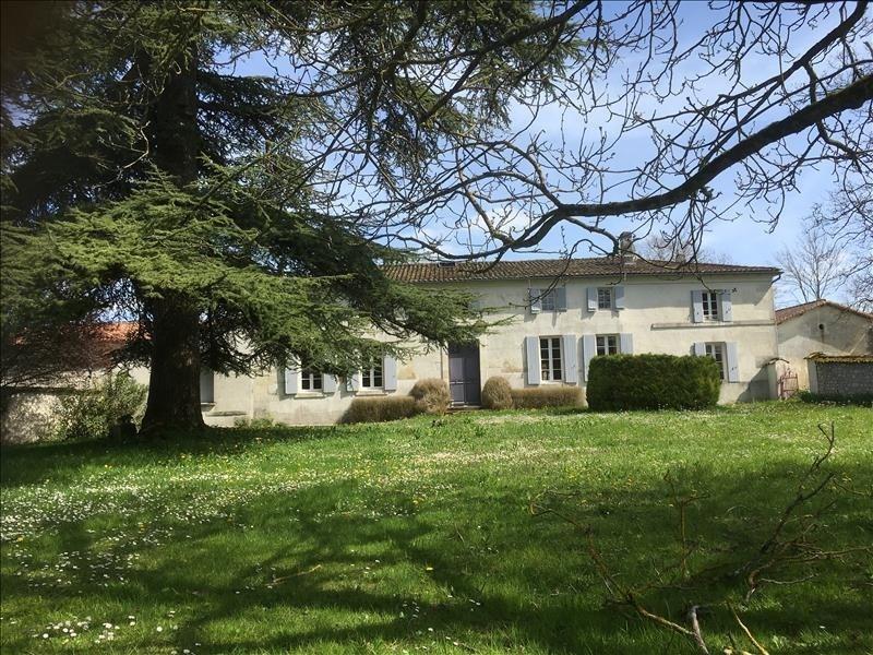 Deluxe sale house / villa Brives sur charente 577500€ - Picture 1