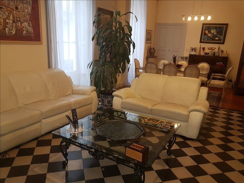 Sale apartment Nimes 378000€ - Picture 2