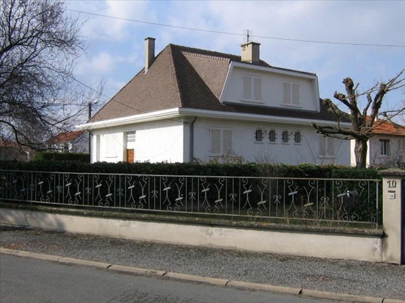 Location maison / villa Riorges 942€ CC - Photo 1