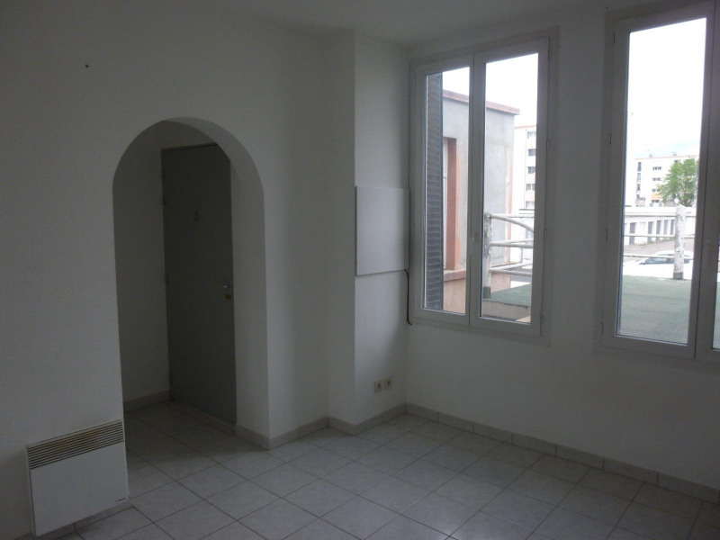 Rental apartment St martin d heres 400€ CC - Picture 1