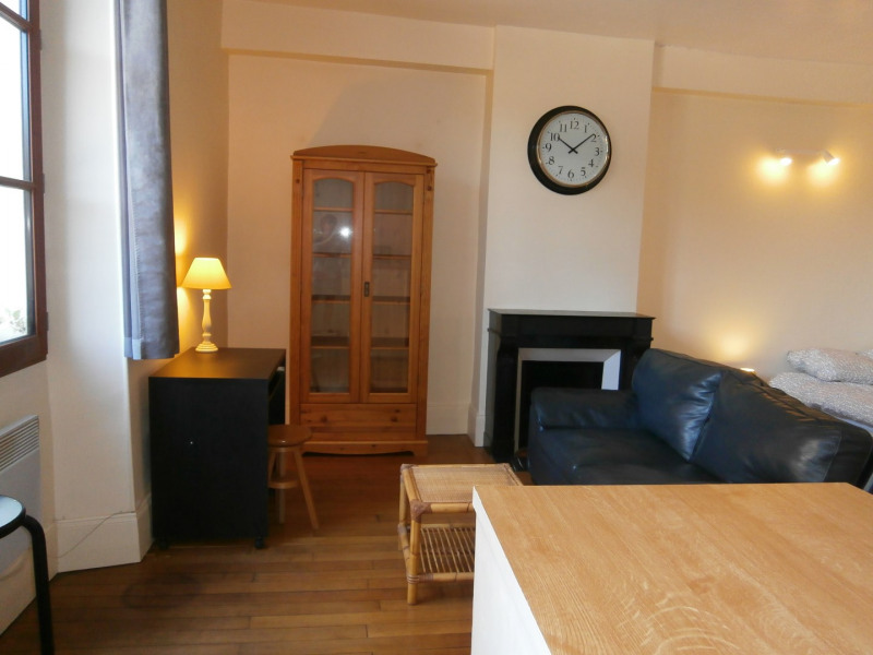 Rental apartment Fontainebleau 744€ CC - Picture 1