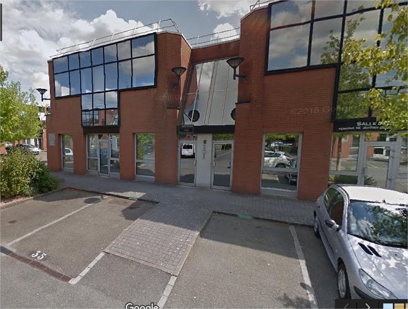 Location Local d'activités / Entrepôt Voisins-le-Bretonneux 0