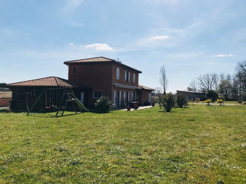 Sale house / villa Nogaro 247000€ - Picture 1