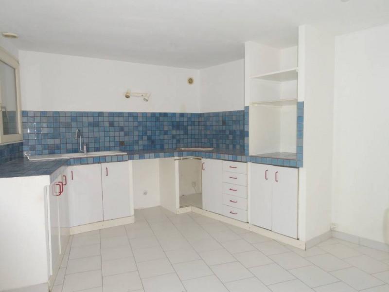 Location maison / villa Saint-saturnin-les-avignon 868€ CC - Photo 3