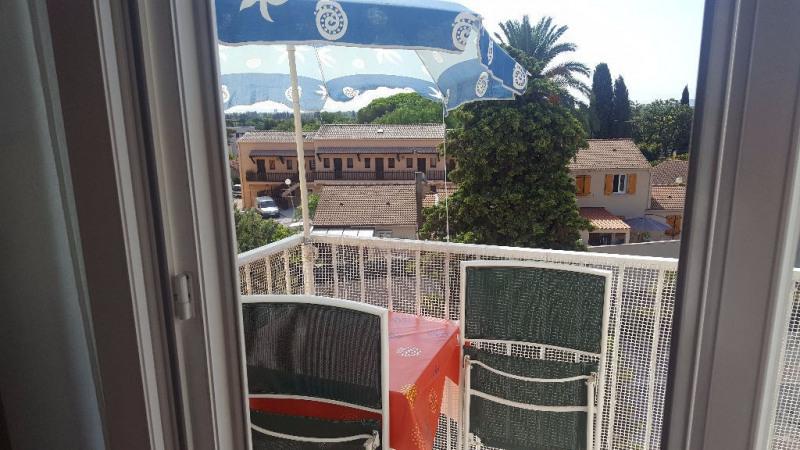 Sale apartment Hyeres 168000€ - Picture 5