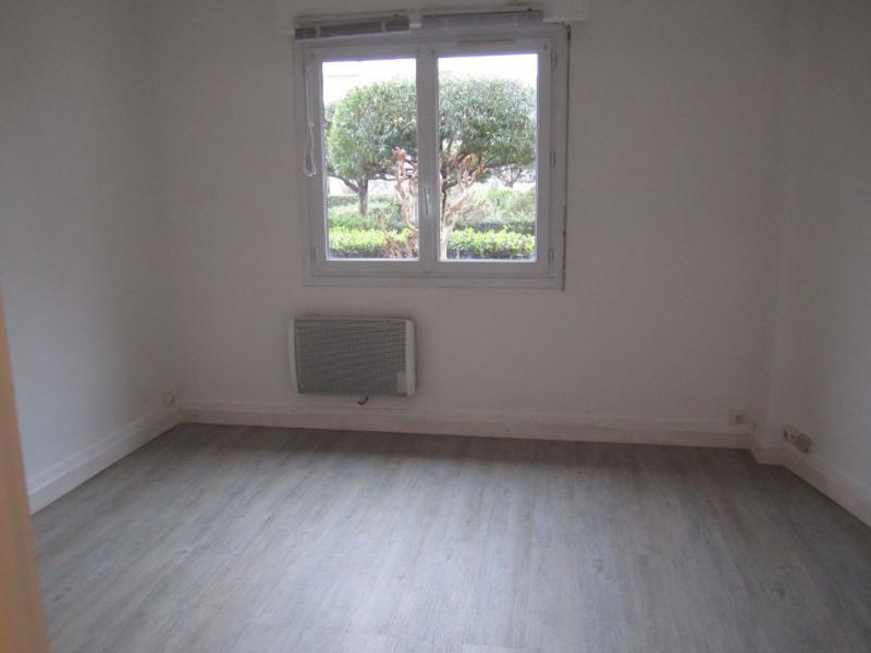 Location appartement Cagnes sur mer 495€ CC - Photo 3