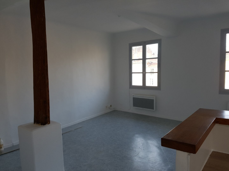 Location appartement Aix en provence 875€ CC - Photo 4