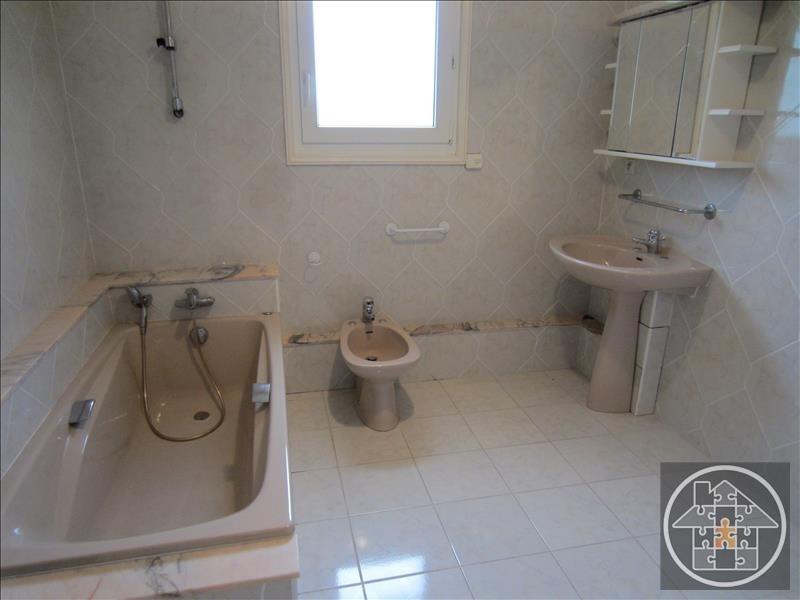 Sale house / villa Cuise la motte 240000€ - Picture 5