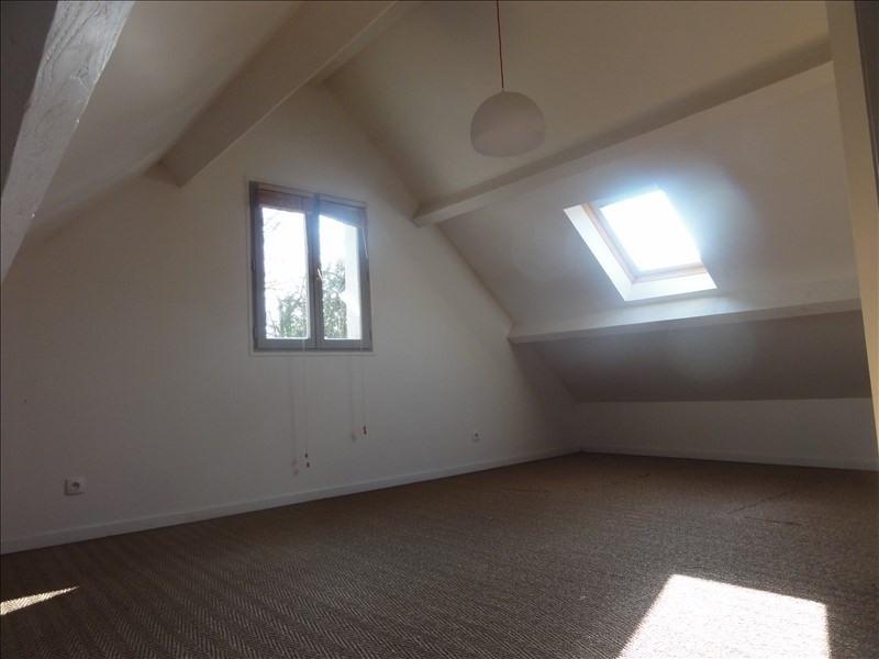 Sale house / villa Montfort l amaury 425000€ - Picture 4