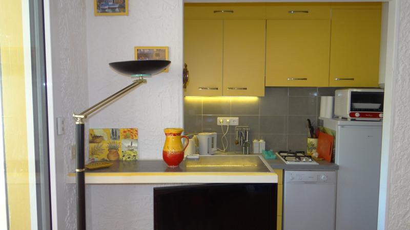 Location vacances appartement Cavalaire sur mer 750€ - Photo 5