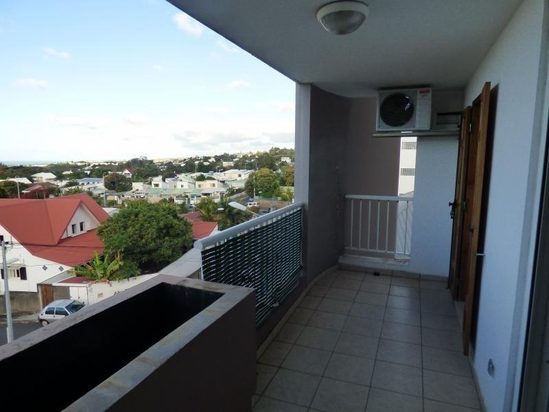 Sale apartment St denis 105000€ - Picture 6