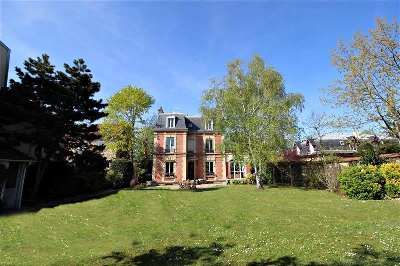 Revenda residencial de prestígio casa St germain en laye 2120000€ - Fotografia 1
