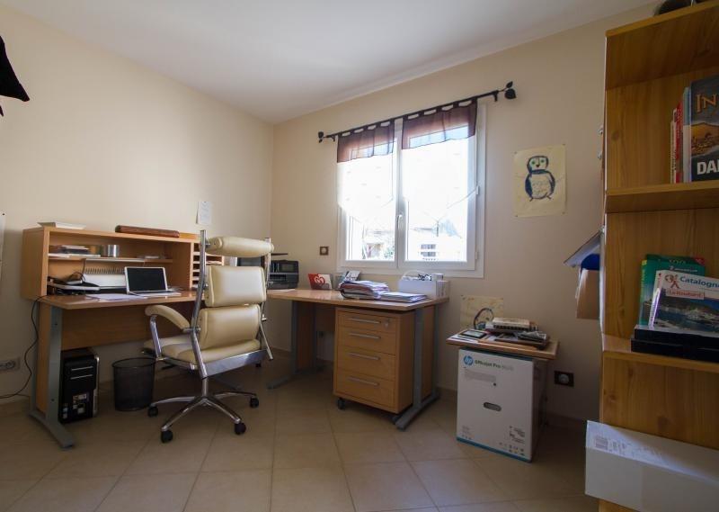Sale house / villa Veyrac 199000€ - Picture 5