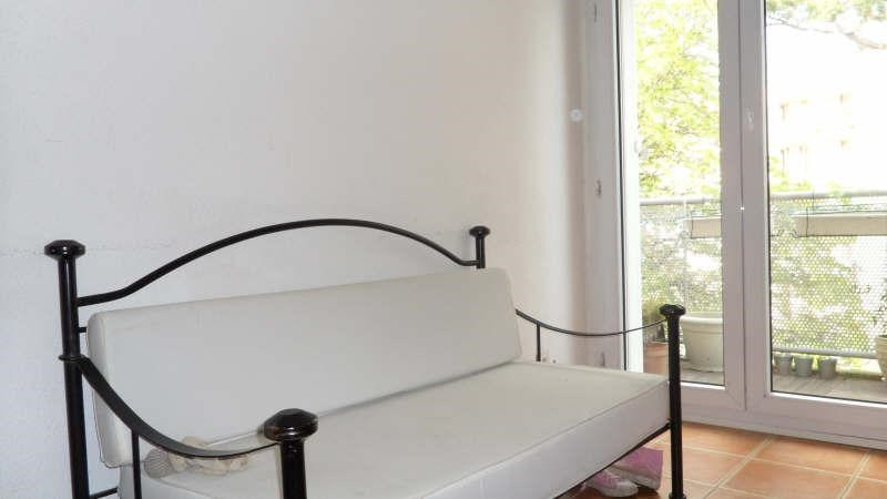 Vendita appartamento Avignon extra muros 137000€ - Fotografia 2