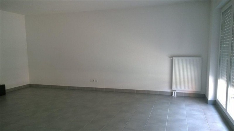 Location appartement Strasbourg 921€ CC - Photo 2