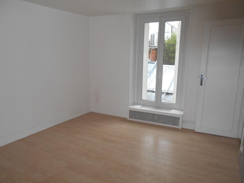 Location appartement Neuilly sur seine 1895€cc - Photo 2