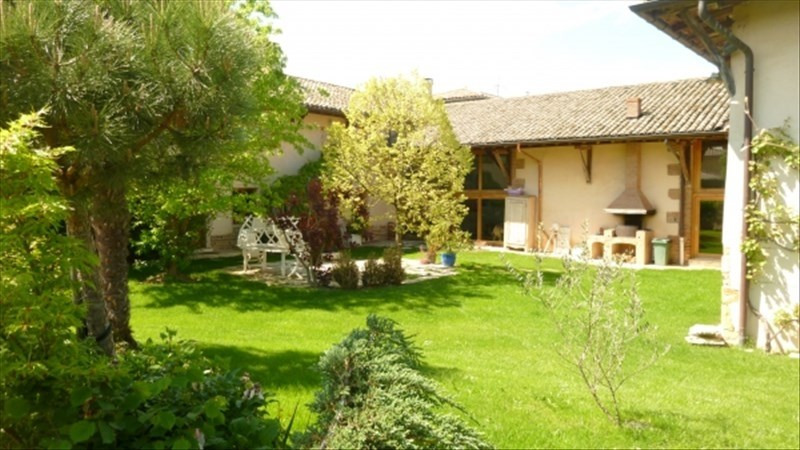 Deluxe sale house / villa Ars sur formans 740 000€ - Picture 1