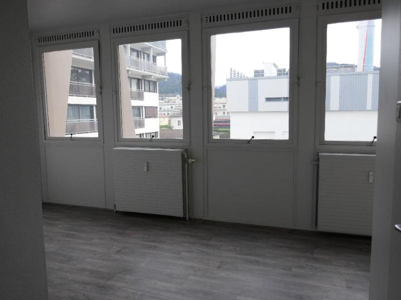Location appartement Oyonnax 345€ CC - Photo 3