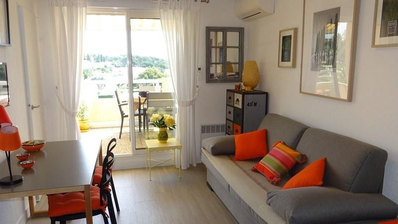 Location vacances appartement Cavalaire 650€ - Photo 5