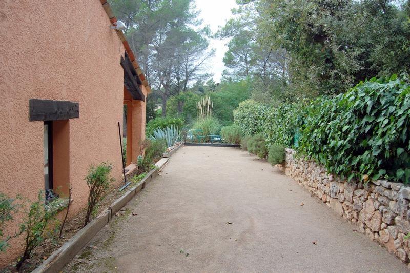 Vente de prestige maison / villa Bagnols en forêt 655000€ - Photo 12