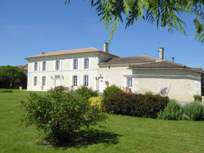 Sale house / villa Jarnac-champagne 379800€ - Picture 1