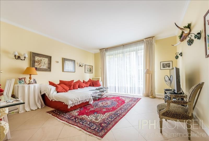 Deluxe sale apartment Neuilly sur seine 1900000€ - Picture 4