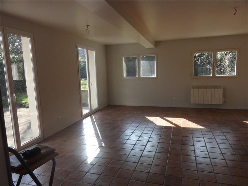 Sale house / villa Montfort l amaury 425000€ - Picture 2
