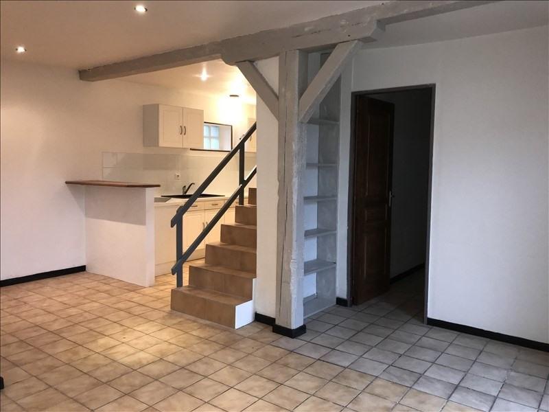 Locação apartamento Pecqueuse 945€ CC - Fotografia 1