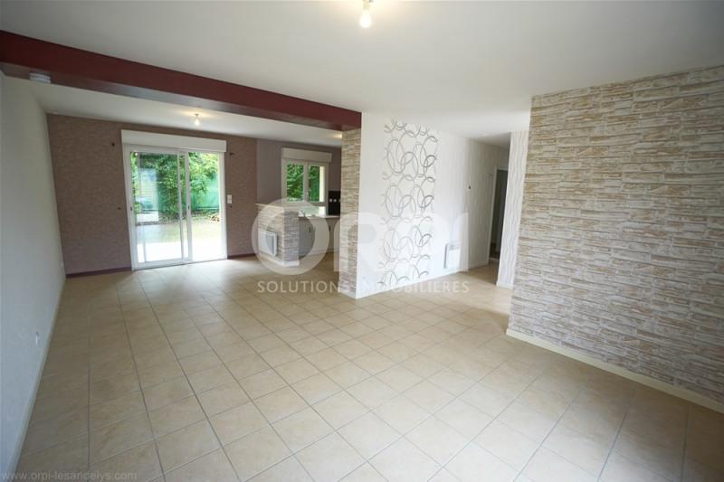 Sale house / villa Les andelys 155000€ - Picture 2