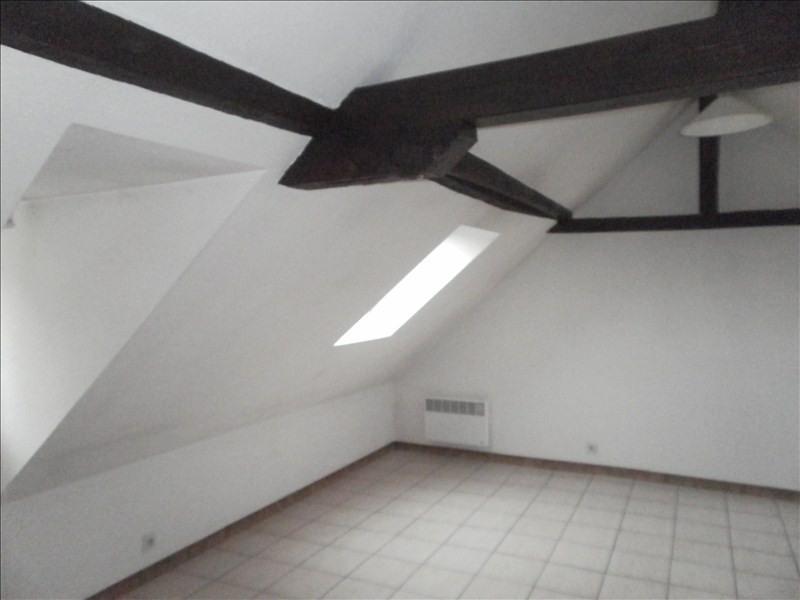 Rental apartment Gan 360€ CC - Picture 2