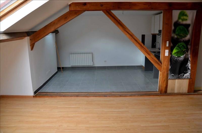 Location appartement Nantua 350€ CC - Photo 3