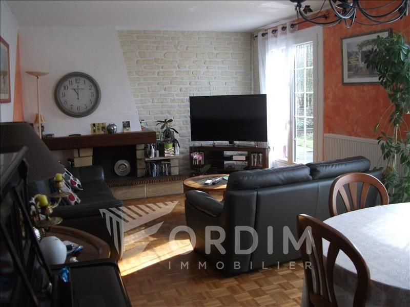 Sale house / villa Villeneuve sur yonne 136 133€ - Picture 2