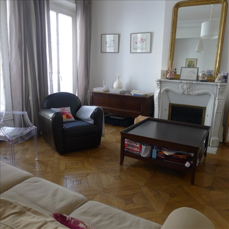 Deluxe sale apartment Orleans 369 000€ - Picture 3