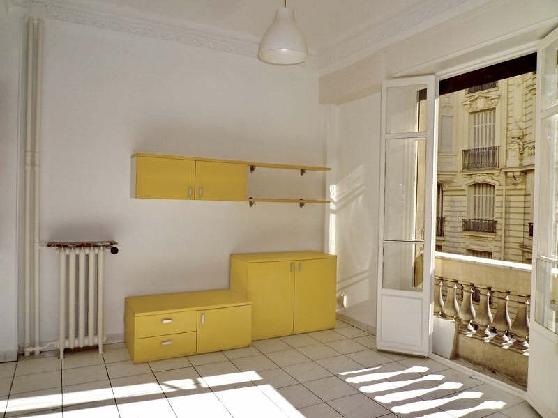 Location appartement Nice 655€ CC - Photo 3