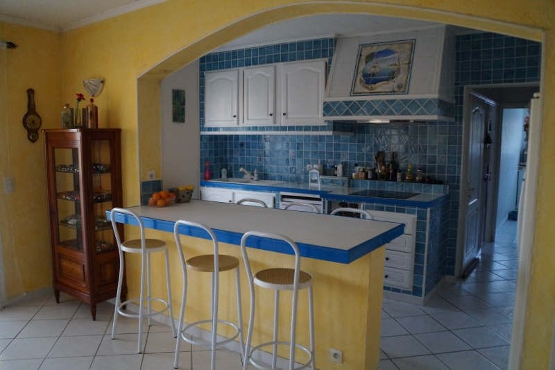 Vente maison / villa Belgentier 365 000€ - Photo 5