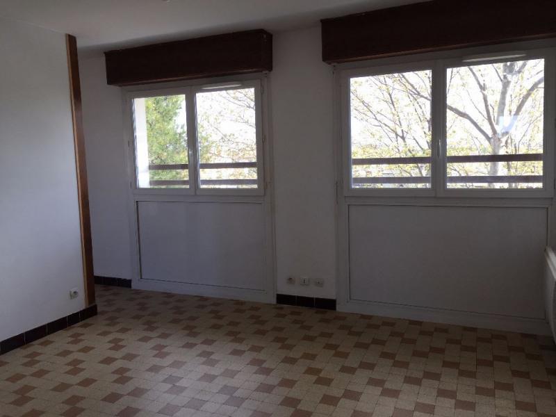 Location appartement Berre l etang 542€ CC - Photo 3