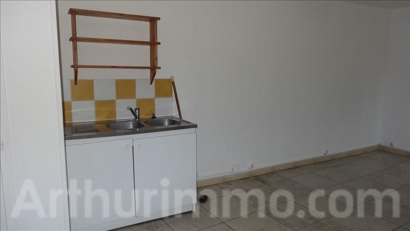 Rental apartment Lodeve 380€ CC - Picture 2