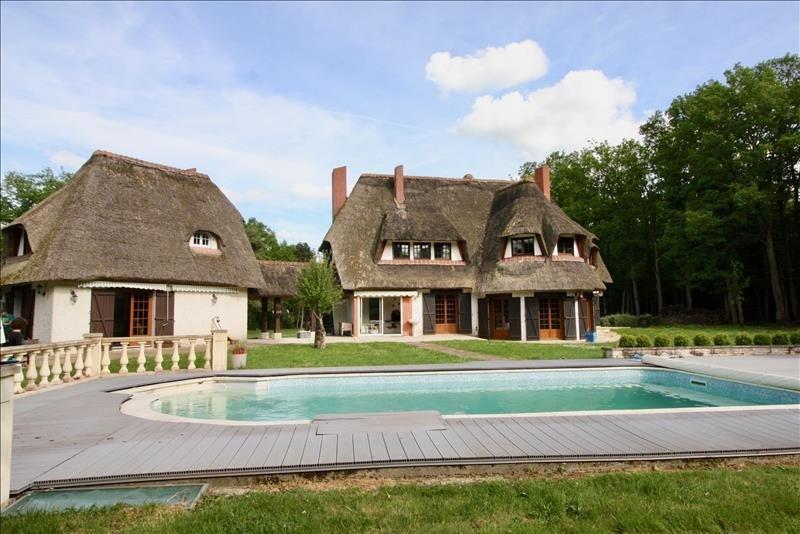 Sale house / villa Damville 350000€ - Picture 1