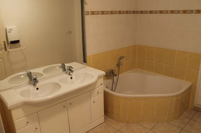 Sale apartment La crau 440000€ - Picture 7