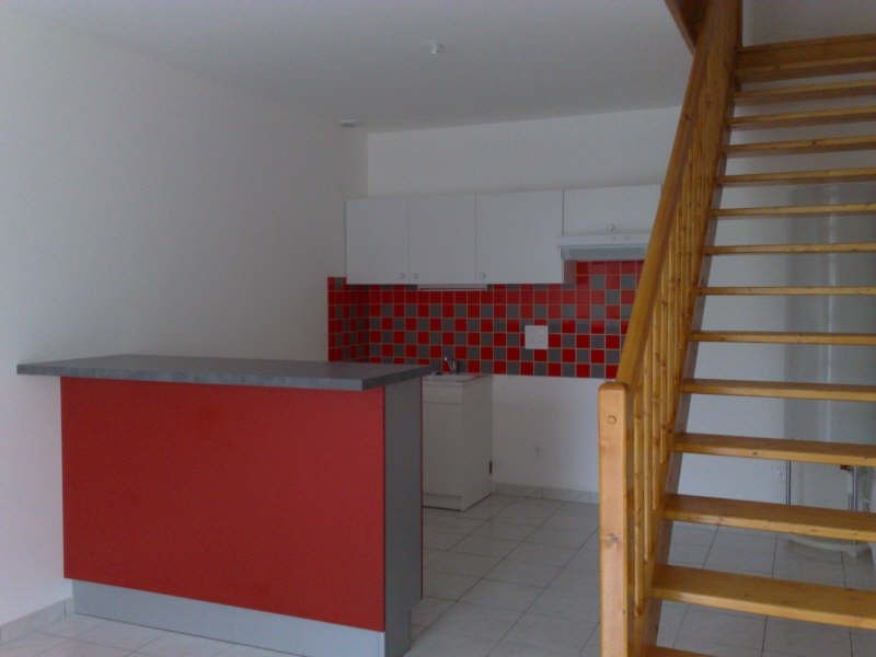 Rental house / villa Blaye 463€ CC - Picture 2