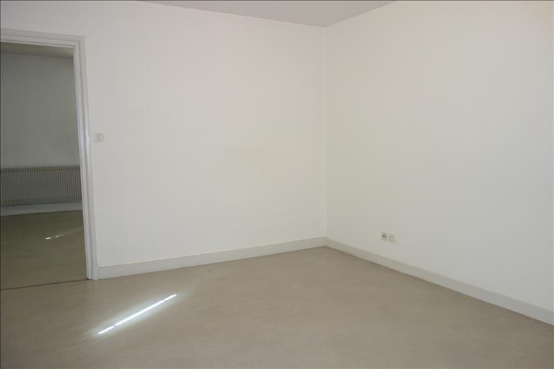 Rental house / villa St andre d apchon 580€ CC - Picture 5