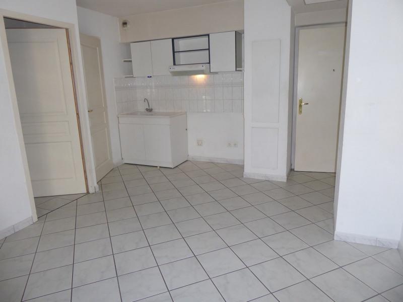 Location appartement Aubenas 440€ CC - Photo 2