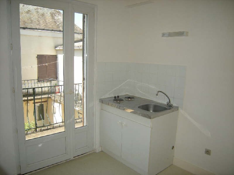 Location appartement Chatellerault 340€ CC - Photo 1