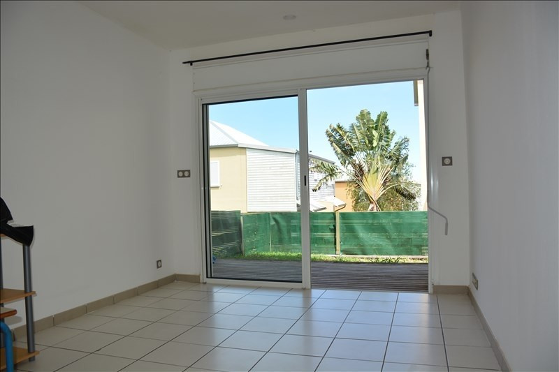 Rental apartment Le tampon 350€ CC - Picture 1